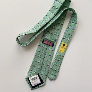 🐳 Vineyard Vines Sailboat Print Silk Necktie